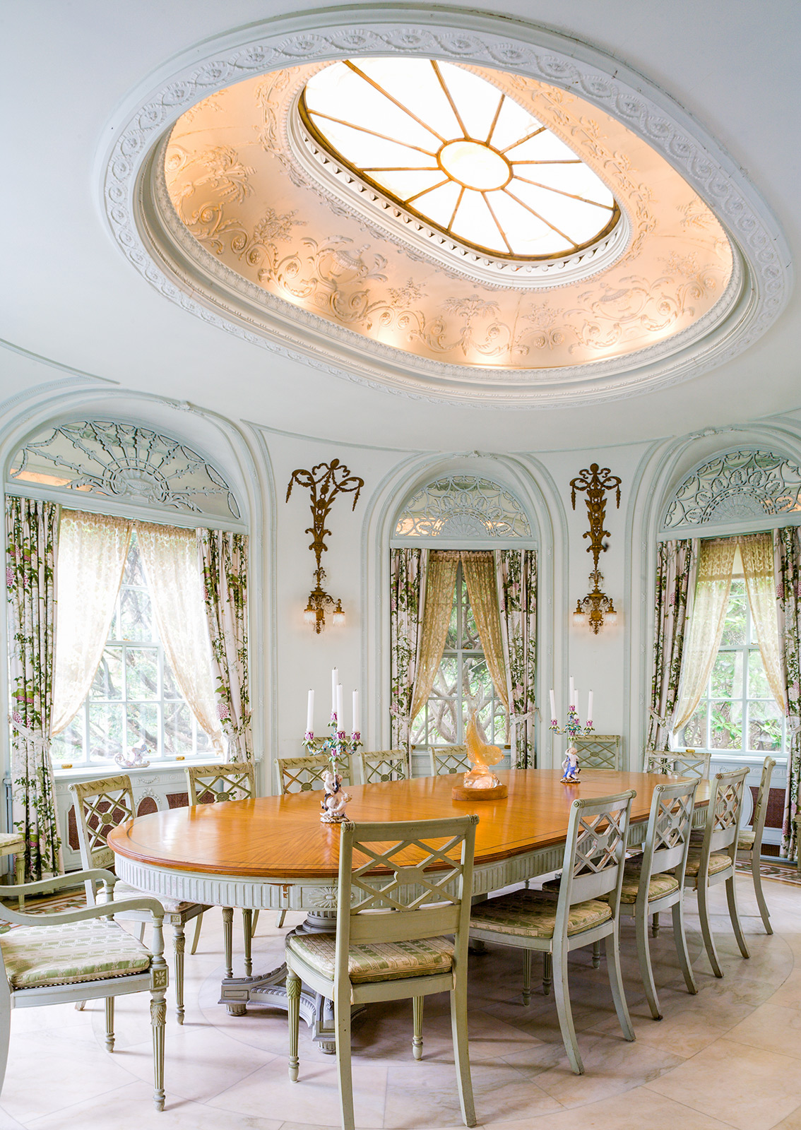 Manchester Estate Dining Room